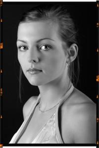 portfólió fotósorozatok fekete-fehér modellfotó 1